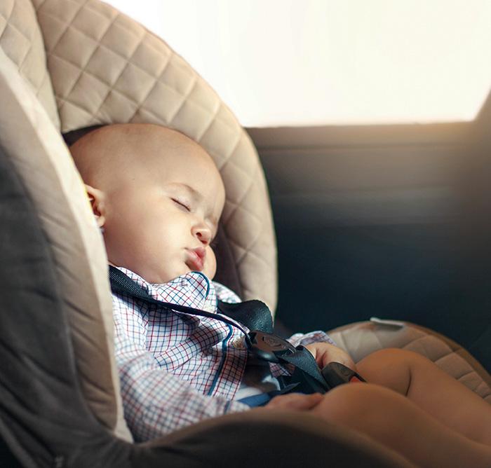 Schlafendes Kleinkind Kindersitz